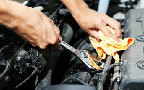 Tjekliste til bilen – undersøg jævnligt disse dele af din bil